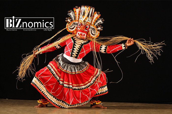 Devil-Dancing-Sri-Lanka-01